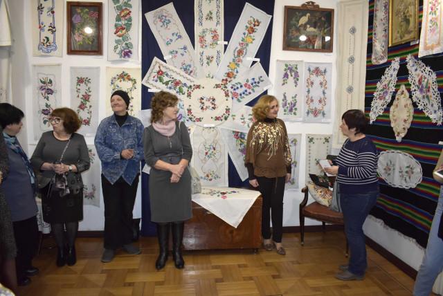 В Измаильском музее Придунавья открылась выставка декоративной вышивки