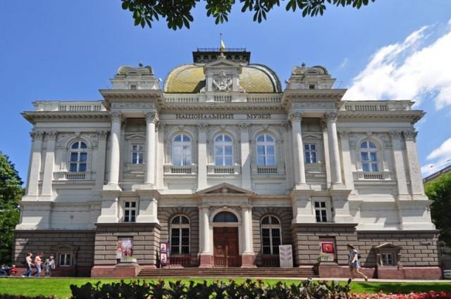 Путем жеребьевки определили трех членов конкурсной комиссии на должность директора Национального музея во Львове